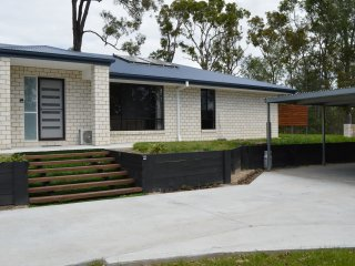 Gold Coast Theme Parks New House, Oxenford