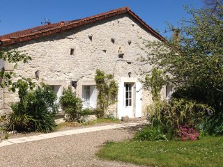 Maison Bishop Beautiful French Farmhouse, Monbazillac