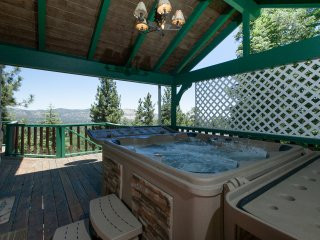 Fantastic Large Three Story Mountain Retreat, Big Bear Lake