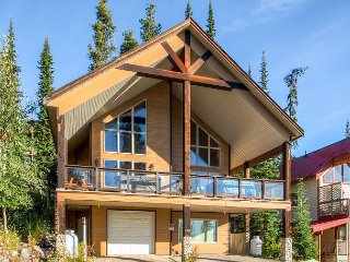 Over the Top, 4829a Snow Pines Road, sleeps 9, Big White
