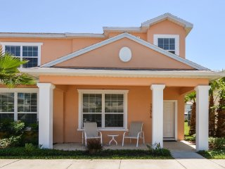 Exquisite 3 Bedroom Townhouse Near Disney, Clermont