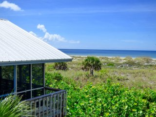 Sand Dollar Cottage on Little Gasparilla Island