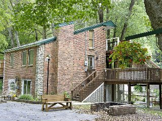Kentucky River Cottages - 3rd Floor Suite, Lexington
