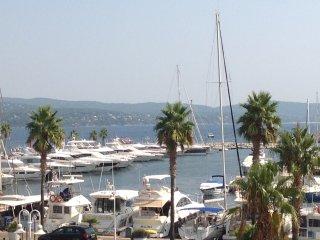 Bel appartement avec vue mer et marina, Cavalaire-Sur-Mer