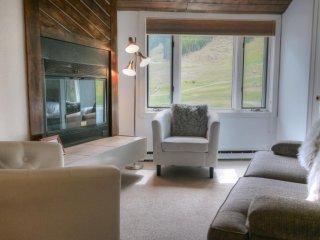 FP304 Foxpine Inn, Copper Mountain