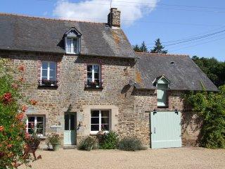Beautiful Brittany Farmhouse, Epiniac