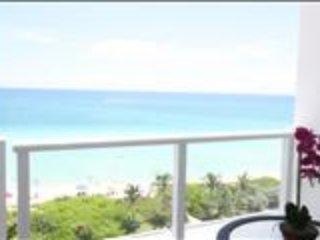 OceanView Studio Balcony728, Miami Beach