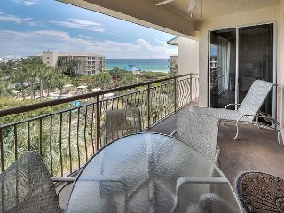 Poolside Rental with Beach Access in Seacrest