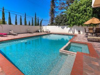 1930s Hollywood Glamour! 3BR, 2BA Los Angeles Condo with Saltwater Pool
