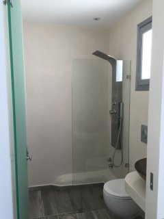 depis suites bathroom