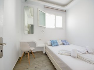 Depis suite Naxos 50m from the beach