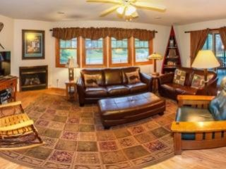PINEHILL TOWNHOME #052, Lake Placid