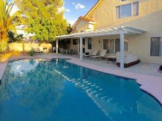 Gorgeous house w. pool 10 min away from the Strip, Las Vegas