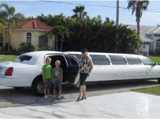 Vacation Rentals Villa Riverfront, Cape Coral