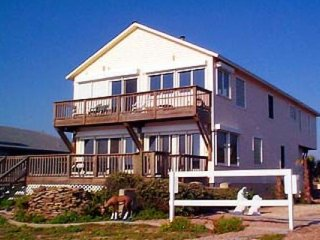 Vacation Rentals OCEANFRONT Beachfront House, Wesley Chapel