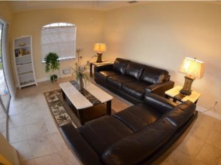 Vacation Rentals Luxury 3b.3b, pool, gulf access ,Cape Coral