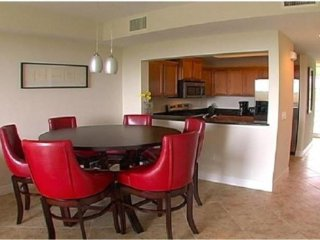 Vacation Rentals Luxury Waterfront Town House,on Private Beach 3250, Apollo Beach