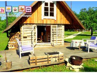 Romantic Cabin with bath and fireplace, Torni Talu, Orissaare