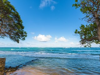 Oceanfront Sandy Beach 2br Modern, No Stairs W/D!, Princeville
