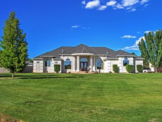 Elegant 'Lavender Estate' 4BR Grand Junction House