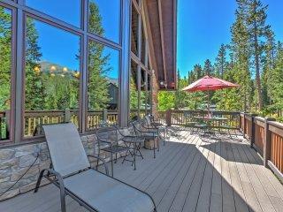 3BR + Loft Breckenridge House w/Private Deck!