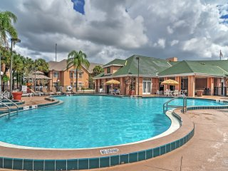 1BR Kissimmee Condo w/ Community Pool!