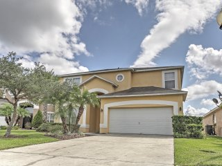NEW! Spacious 7BR Kissimmee House w/Private Pool!