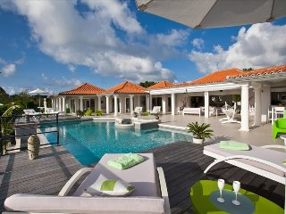Villa Giselle at Terres Basses, St. Maarten, Walking DIstance to Plum Bay Beach, Terres bassi