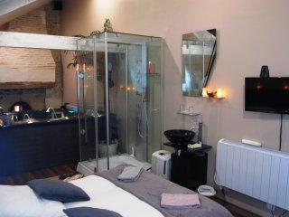 Chambres d'hotes de charme avec jacuzzis privatifs Lyzen