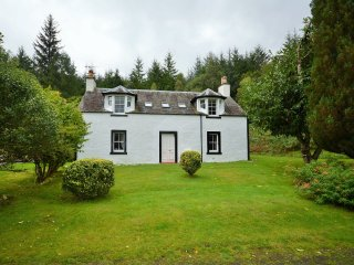 PE617 Cottage in St Fillans, Kenmore