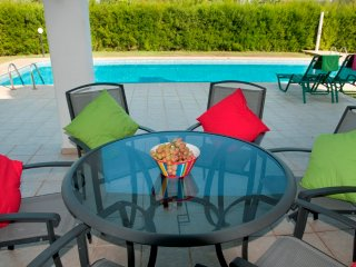 3BR Beautiful Villa in Coral Bay with private pool