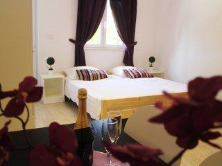 Apartments Versus- Comfort Studio Apartment, Mlini