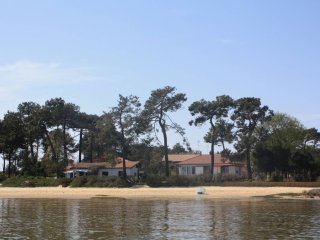 Beachfront villa direct beach access, Cap-Ferret