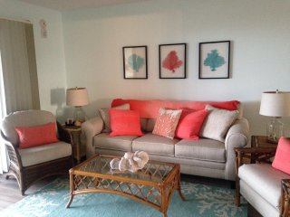 Ocean Front Condo with Pool - Fully Renovated