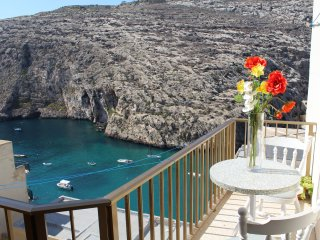 Gozo Bellevue Homes - Bizzilla seaview apartment, Xlendi