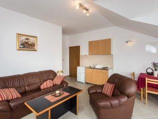 Apartments Villa Maslina-Two Bedroom Apartment, Cilipi