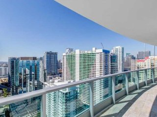 Largest 2-Story Penthouse in Brickell / Downtown!, Miami