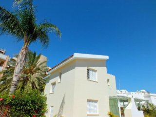 4 Bedroom Seaview Villa in Pernera Protaras