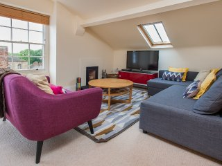 9 Priory House, Central 2/3 Bed 2 Bath, sleeps 6.