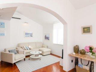 Apartment Jelavic-Three Bedroom Apartment, Dubrovnik
