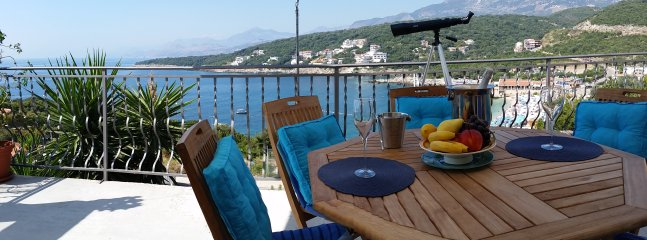 Apartment for rent with the best sea view, Utjeha, Montenegro