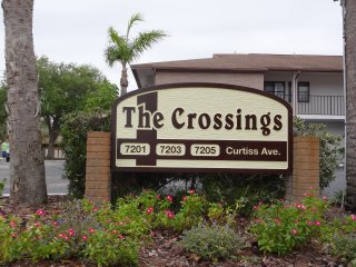 2BR/2b Ground Floor Condo - Furnished, Seasonal, Sarasota