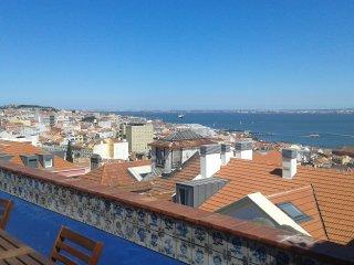 MAGIC VIEW  IN  LISBON, Lisbon