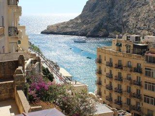 Bellevue - Azzure - modern seaview flat in Gozo