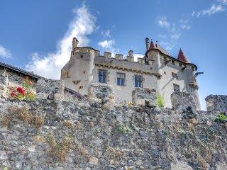 Château de Saint-Amant in Auvergne, Saint-Amant-Tallende