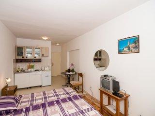 Apartments Raguz- Studio with Balcony- A5, Dubrovnik