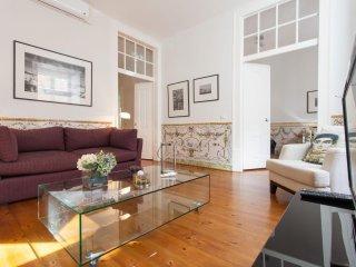 Spacious Correeiros Deluxe apartment in Baixa/Chiado with WiFi, airconditioning