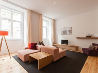 Spacious Fanqueiros Baixa apartment in Baixa/Chiado with WiFi & air conditioning