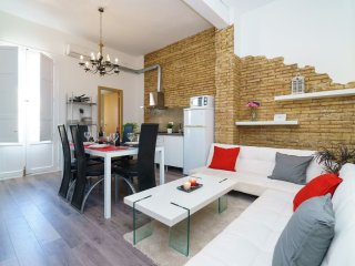 Mestalla V apartment in Ciutat Arts i Ciencies with WiFi, air conditioning & lif