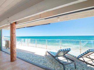 #337 Oceanfront Central Malibu Large Entertainers Home
